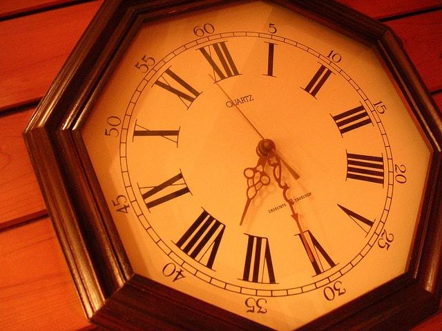 15.10.1時計-min